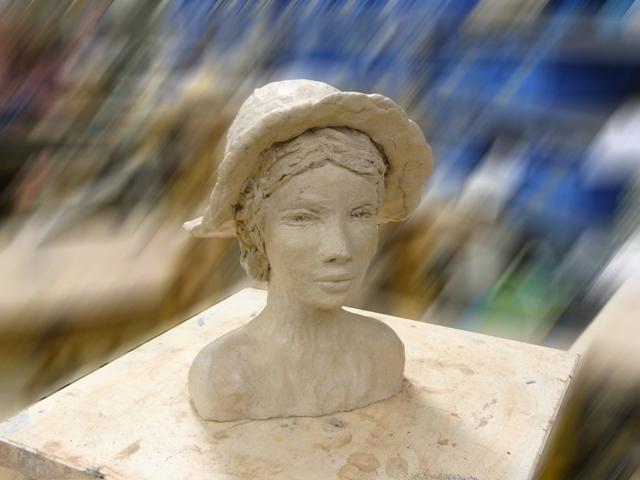 Joelle B - argile - 2009